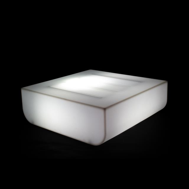 Where to find __ULM COFFEE TABLE-RGB LED BATTERY in Miami